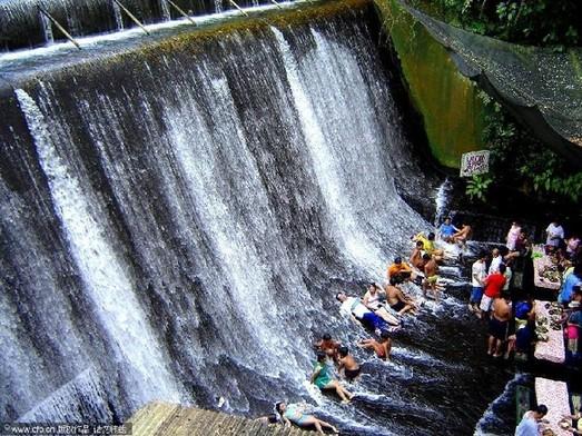 Amazing waterfall restaurant in philippines the Villa escudero quezon province